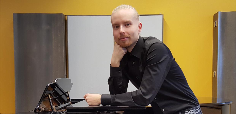 laulaja Heikki Niininen